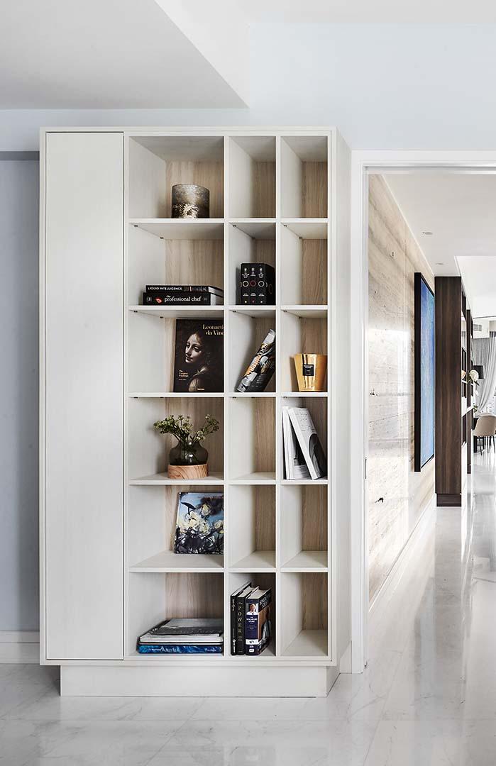 Display Cabinet 2