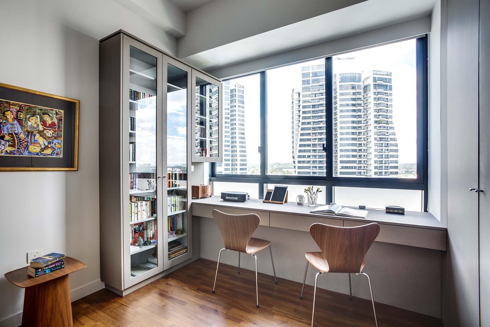 Study, Display Cabinet, Bay Window