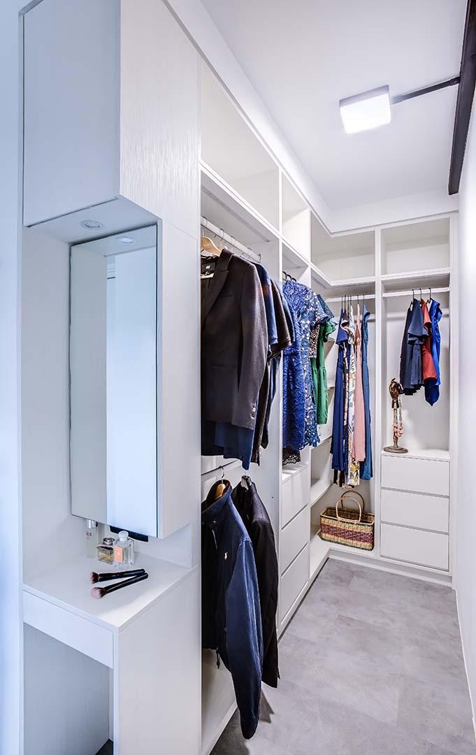 Wardrobe Vanity